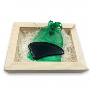 Скребок Гуаша Сердце Черный Агат в деревянной коробке